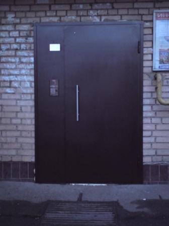входная дверь домофон