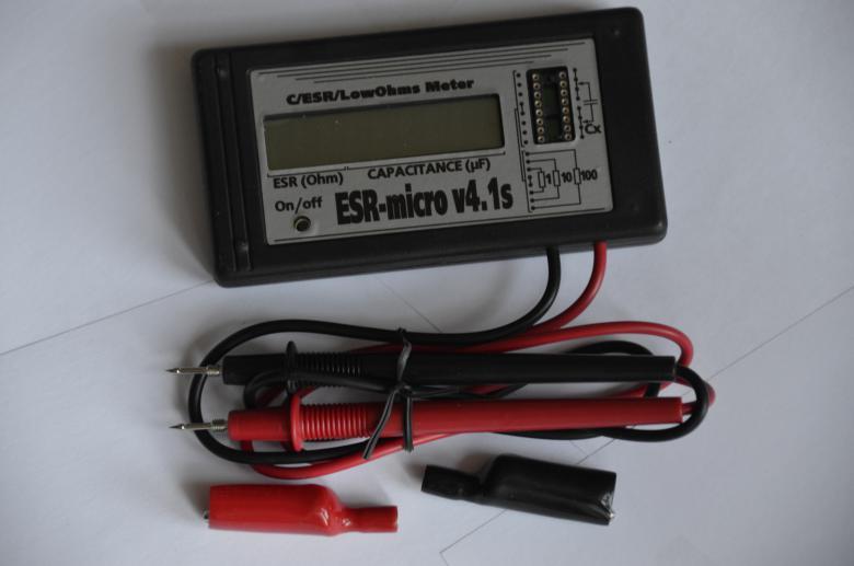 Измеритель ёмкости и ESR электролитических конденсаторов ESR-micro v4.1.