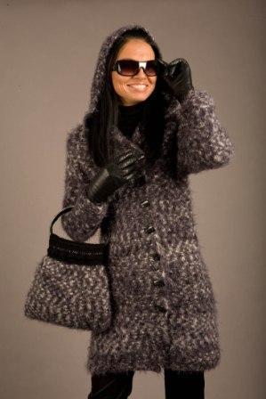 Вязаное пальто, кардиган ручной работы.  50x75 - 320x480 prodam.slando.spb.ru.
