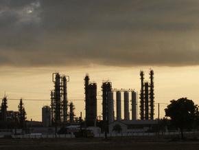 Обзор рынков: цена на нефть закрылась на максимуме с начала года