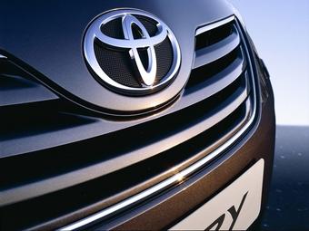 Toyota отзывает более полумиллиона автомобилей
