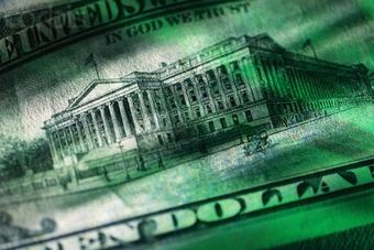 Политика ФРС США приведет к дальнейшему ослаблению доллара