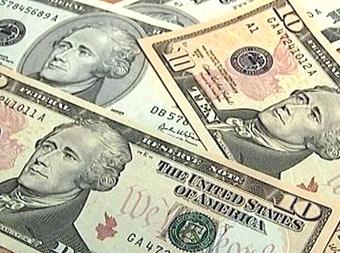 Официальный курс доллара вырос на 27 копеек