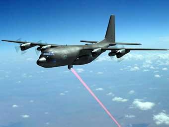 Оснащенный лазером самолет успешно поразил тактическую цель