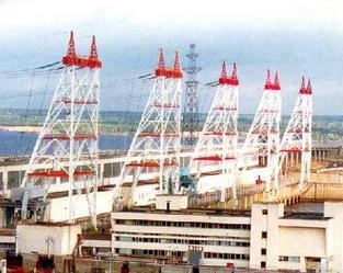 Чебоксарская ГЭС поставляет электроэнергию и в соседние регионы, и в центральную европейскую часть России.