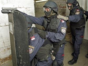 Полиция не поверила угрозам 'Аль-Каеды' устроить теракт на Евро-2008
