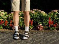 Высокие носки и оголённый живот. 5 летних табу в одежде