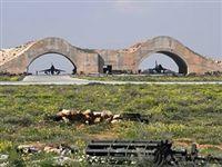 Бомбардировка сирийской базы сильно напоминает спектакль