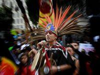 Какие еще права меньшинств? Запущен нефтепровод по костям индейцев