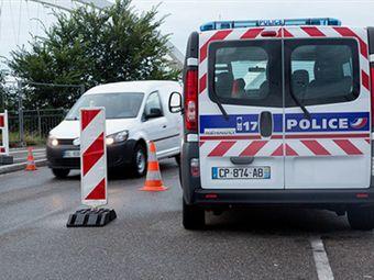 Французские таможенники задержали нигерийца с 79 тысячами евро в желудке