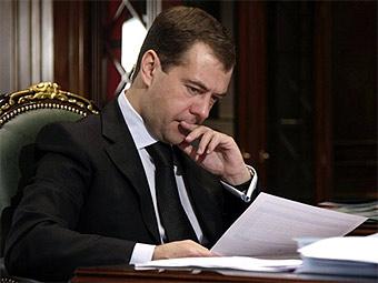 Дмитрий Медведев поручил Генпрокуратуре проверить госкорпорации