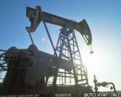 Аналитики: Дорогая нефть не поможет российской валюте